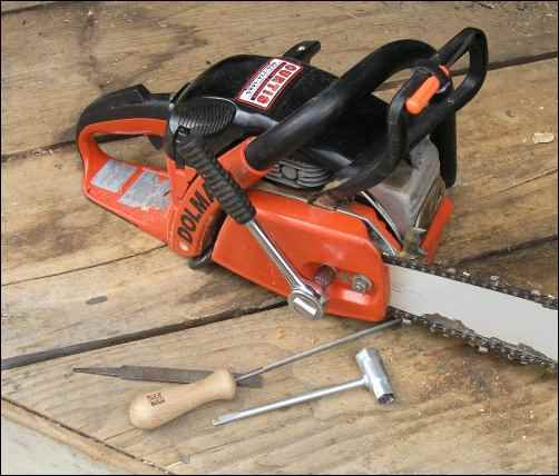chainsaw, woodcutting, cut firewood, Homestead Woodcutter, homesteading