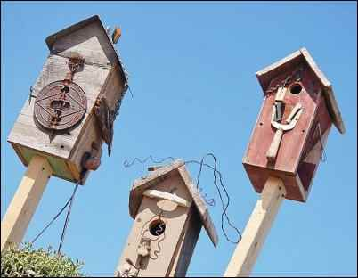 handmade birdhouses, make money selling crafts, best selling crafts