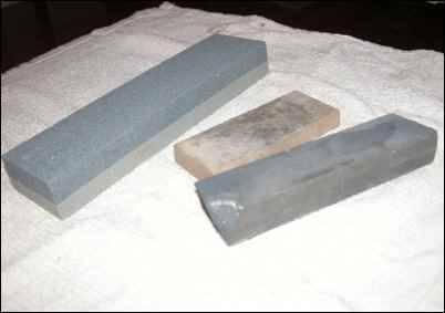 whetstone, Learn How to Sharpen Knives at Home, Basic Knife Sharpening, using a strop, using a honing steel, homesteading