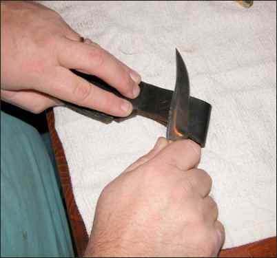 Learn How to Sharpen Knives at Home, Basic Knife Sharpening, using a strop, using a honing steel, homesteading